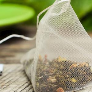 Organic Green Tea with Strawberry by Vintage Teas (20 Bags, 40 gms)