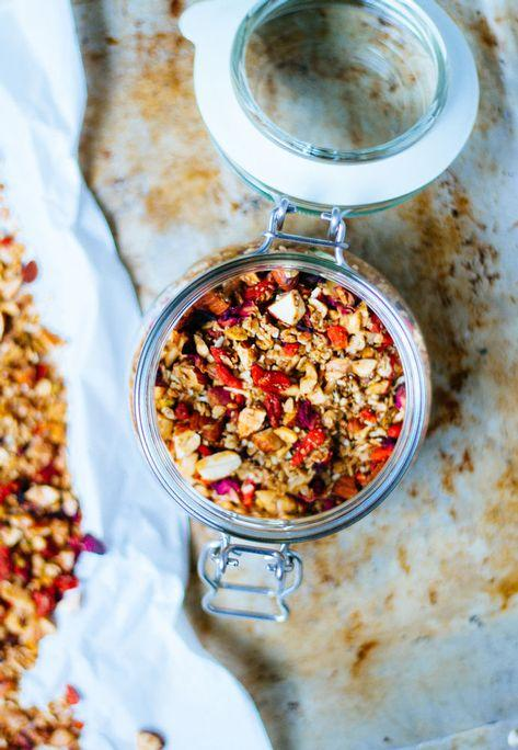 Hibiscus and Walnut Granola by Dips & Spreads 580g