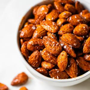 Spiced Treacle Almonds by Jar Junky