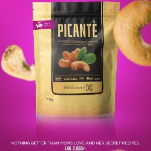 Moms Choice Cashew Nuts 500g