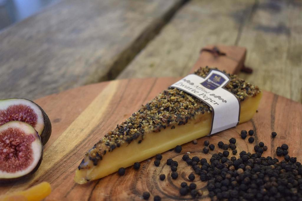 Wyngaard Black Pepper Cheese wedge150g