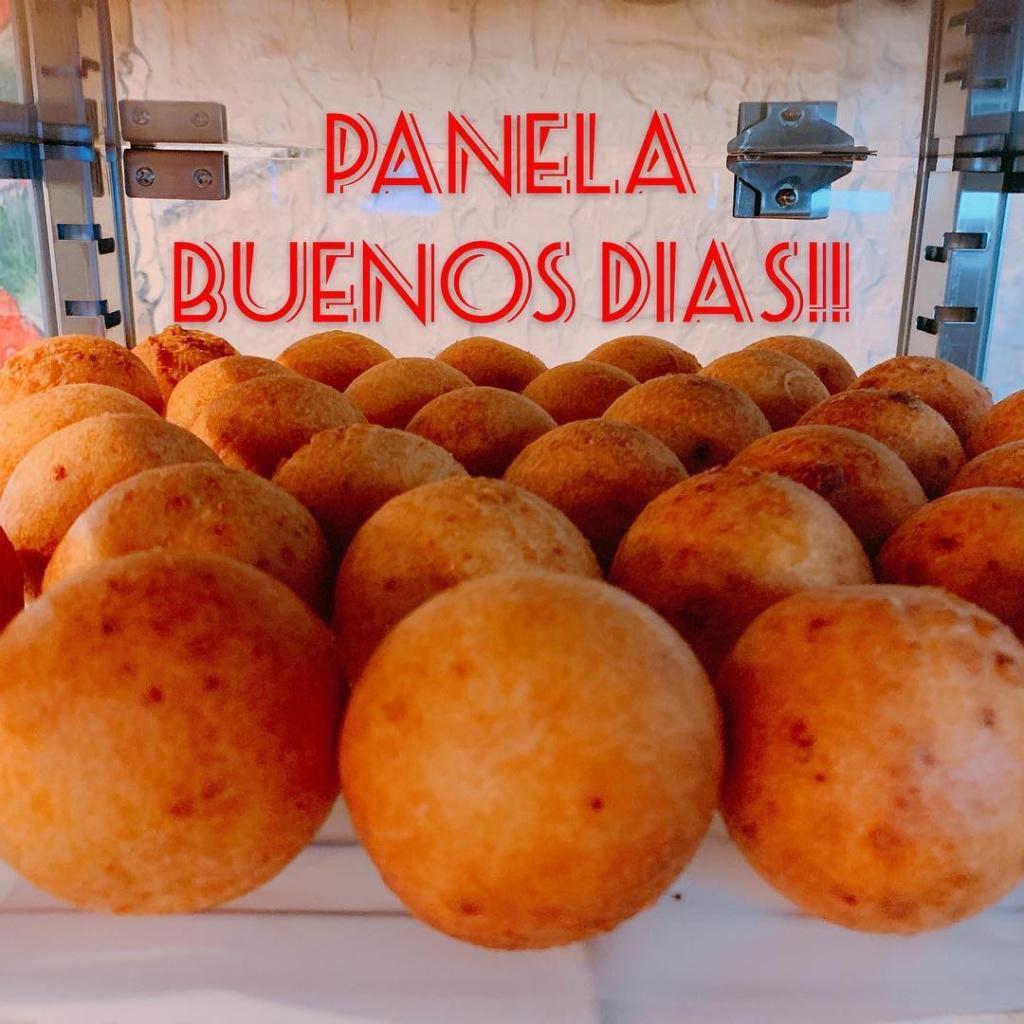 BuÑUELOS (cheese ball)