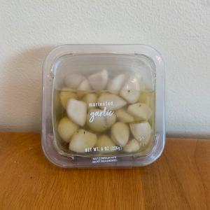 DeLallo Deli Fresh Marinated Garlic 8oz
