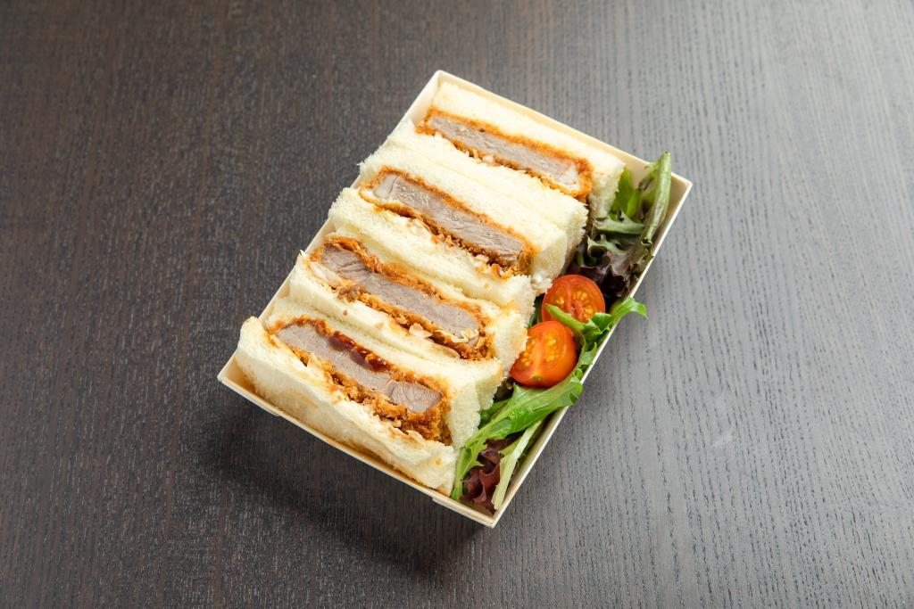 Beef Katsu Sando (ビーフカツサンド)