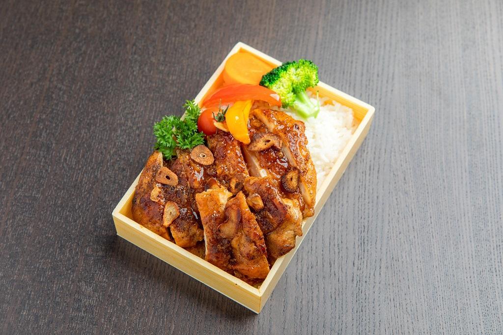 Garlic Chicken Teriyaki (ガーリックチキン照り焼き)
